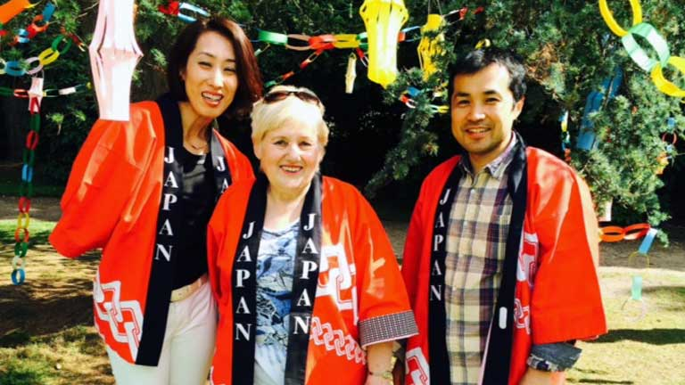 Angela with Karasawa san and Megumi san at Tatton Park